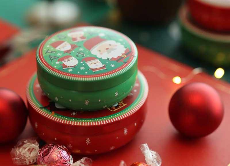 Christmas gift chocolate tin box