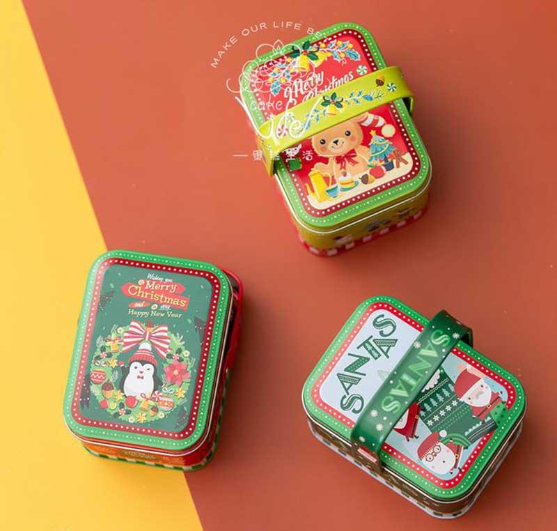 Christmas gift tin box with handle