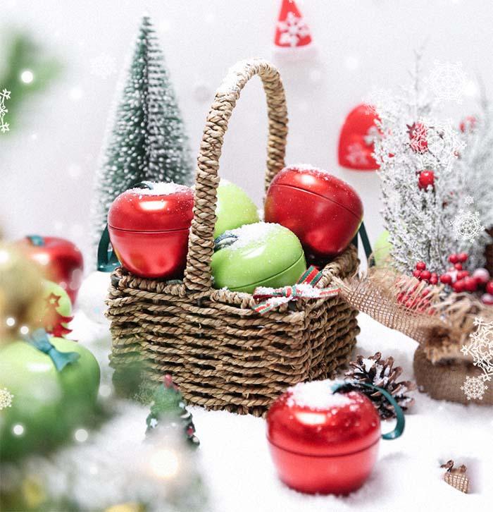 Creative Christmas Eve Apple Shaped Tin Box