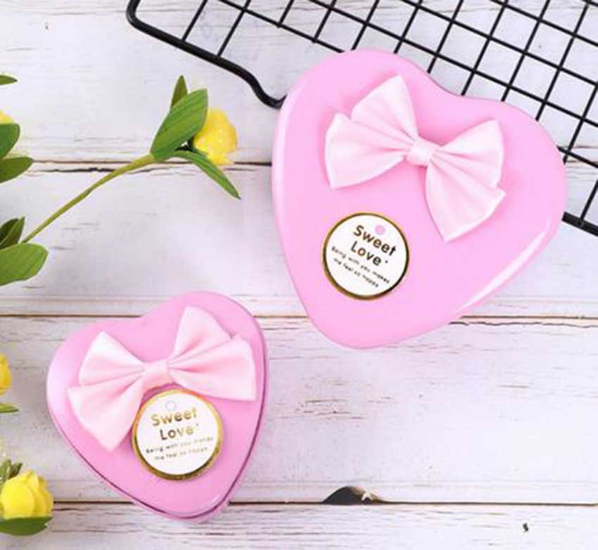 Heart shaped promotional gift tin box