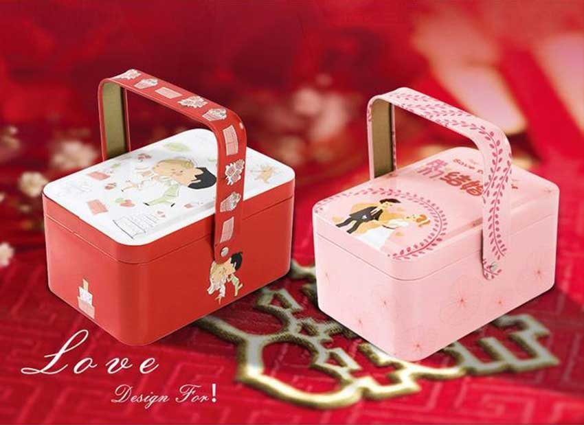 Promotional gift tin box with handle